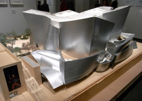 architect-frank-o-gehry-since-1997-exhibition-05